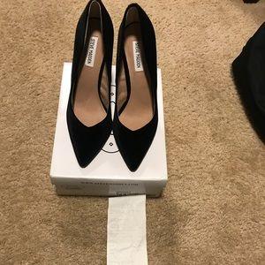 Steve Madden velvet 'Wicket' heels